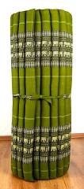 Kapok Rollmatte, Liegematte  *smaragtgrün - Elefanten*  Gr. L